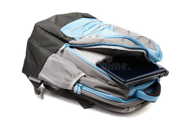 plecaka inside odosobniony laptop zdjęcia stock