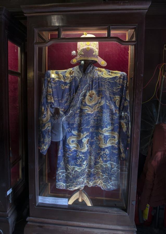 Plechtige kleding die van burgerlijke mandarin Dao Su Tich, de eerste rang van Doctorale Laureaten in 1376 wint stock afbeeldingen