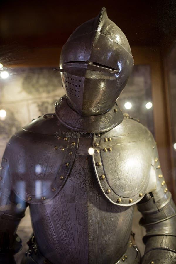 Plein costume d'armure de vintage images libres de droits
