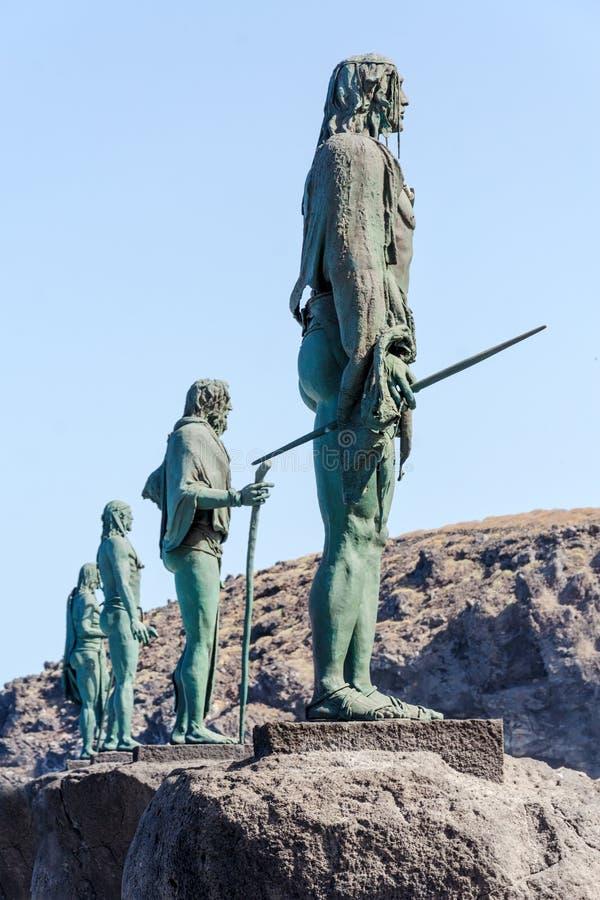 Plein van de patroon van de Canarische Eilanden Guanches met standbeelden De laatste koningen van Tenerife in beeldhouw en overma stock afbeelding