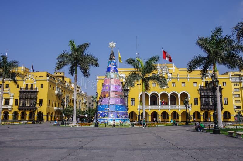 Pleinburgemeester (vroeger, Plaza DE Armas) in Lima, Peru met Christus stock foto