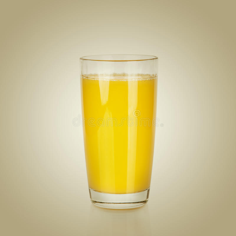 Pleine glace de jus d'orange image stock