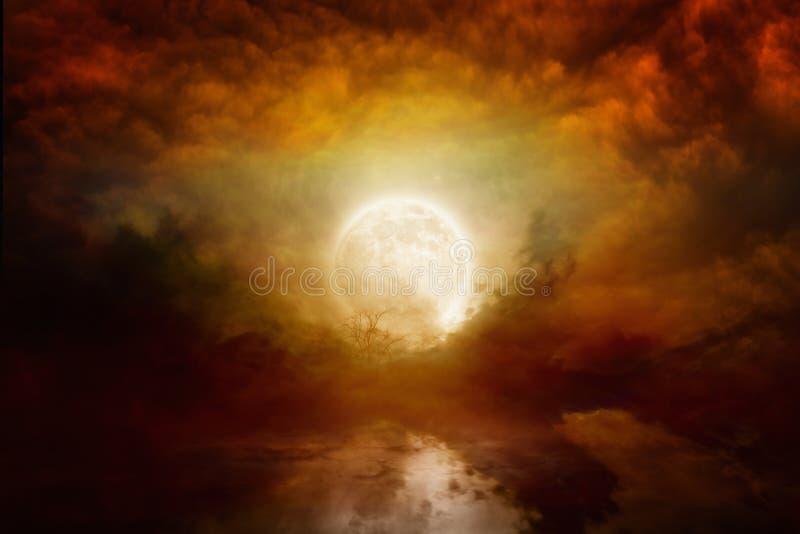 Pleine lune ensanglantée image libre de droits