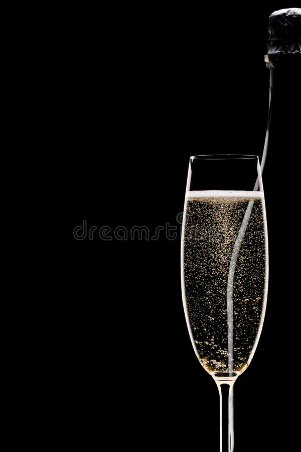 Pleines cannelure et bouteille de Champagne images libres de droits