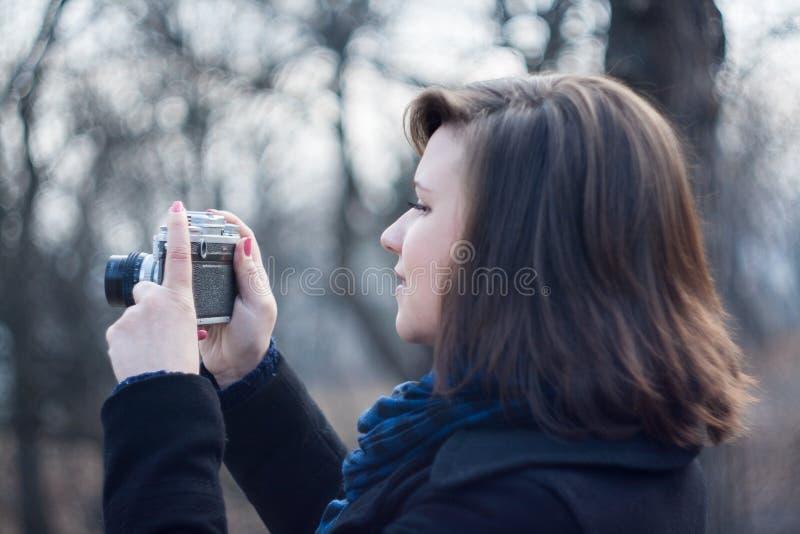 Plenerowa fotografia dziewczyna obraz royalty free