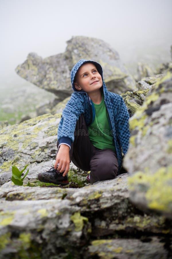 plenerowe dzieciak śliczne góry obrazy stock