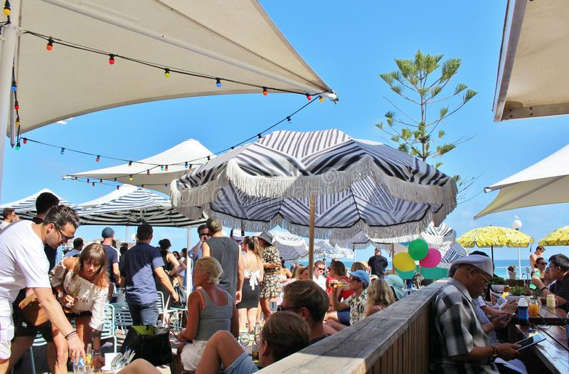 Plenerowy miejsca siedzące przy Bondi plażą, Sydney fotografia royalty free