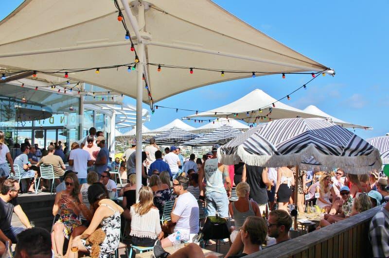 Plenerowy miejsca siedzące przy Bondi plażą, Sydney fotografia stock