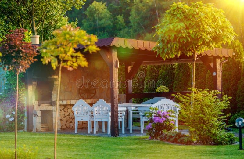 Plenerowy ogródu BBQ teren zdjęcia stock