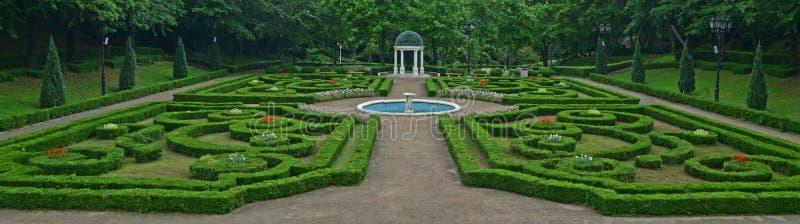 Plenerowy Versailles projektujący geometrically symetryczny europejczyka ogród przy Yeomiji ogródem botanicznym, Jeju wyspa, Połu zdjęcie stock