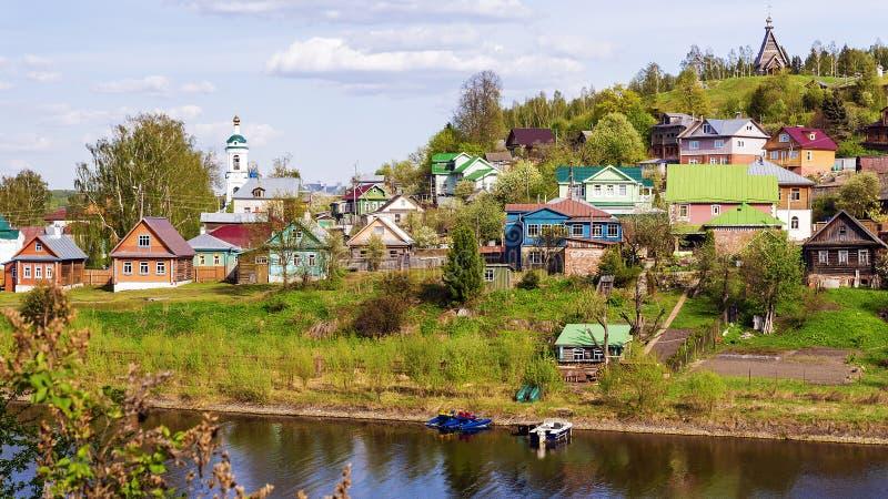 Ples de oude Russische stad op de Volga Rivier, Rusland royalty-vrije stock afbeelding