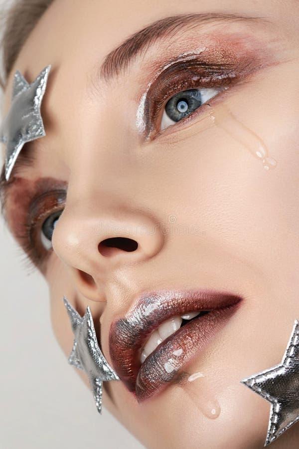 Pleurant peu de maquillage créatif d'étoile photos libres de droits
