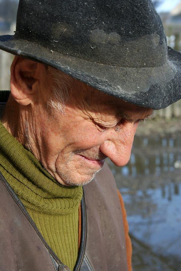 Pleurer de vieil homme image libre de droits