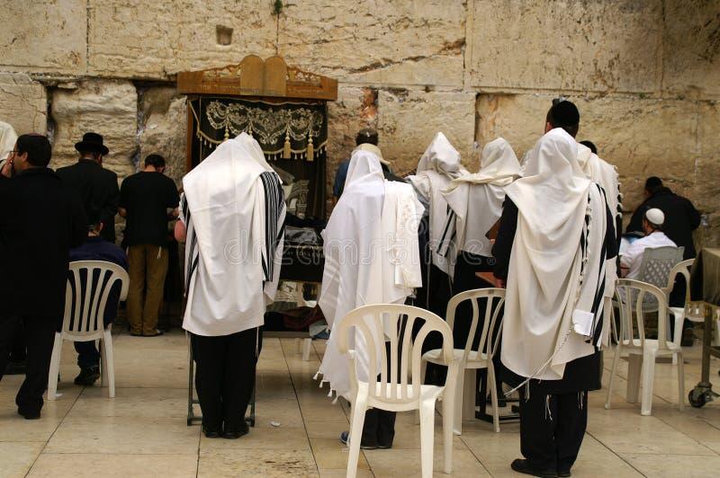 Pleurer neuf de prières juives wal photo libre de droits
