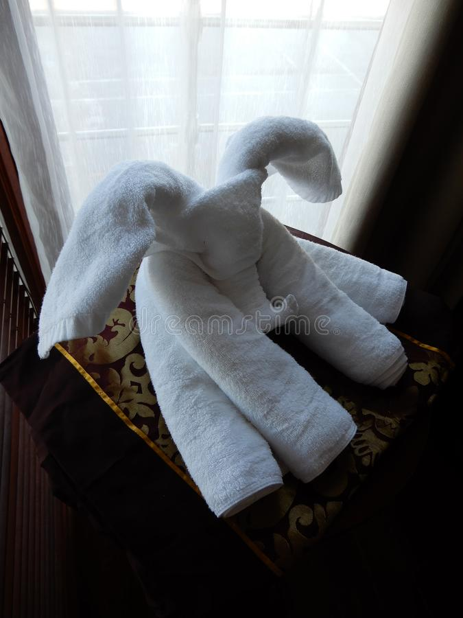 Pliage artistique de serviette images libres de droits