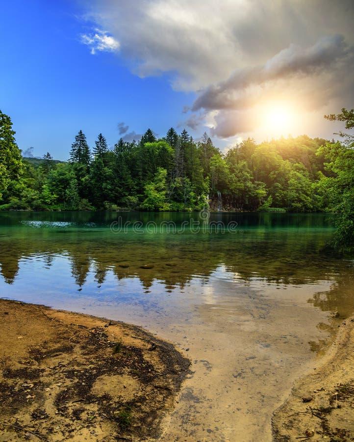 Plitvice jeziora w wieczór obraz royalty free