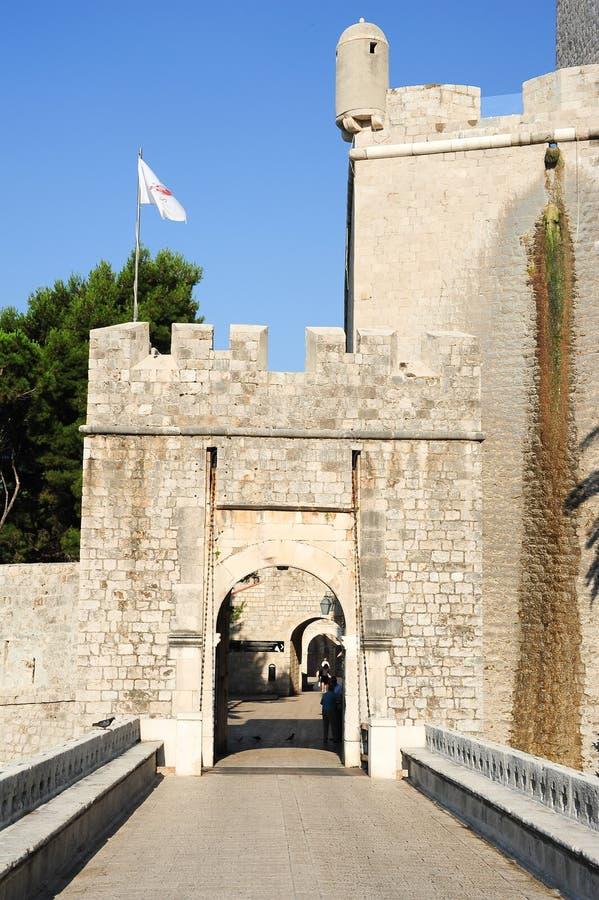 Plocedeur bij de citadel van Dubrovnik stock afbeelding