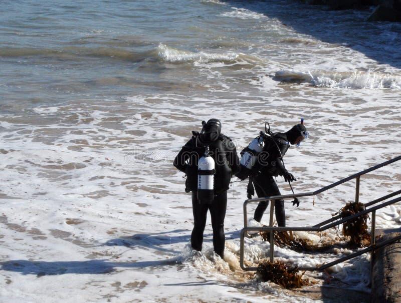 Plongeurs autonomes image stock