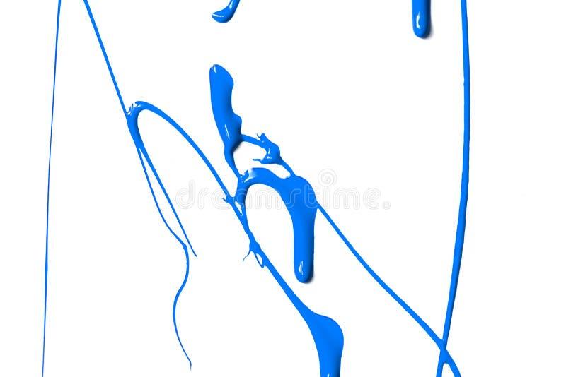 Plonsen van blauwe verf op witte achtergrond royalty-vrije stock foto's