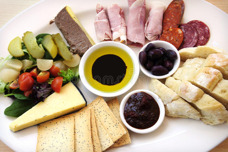 Ploughmans-Mittagessen lizenzfreies stockbild