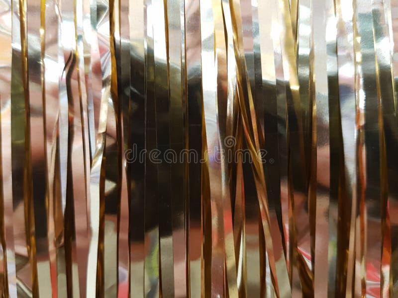 pluie d'or artificielle image libre de droits