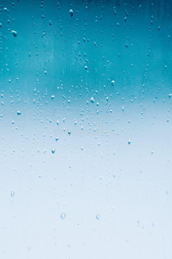 Pluie de nouveau photos stock