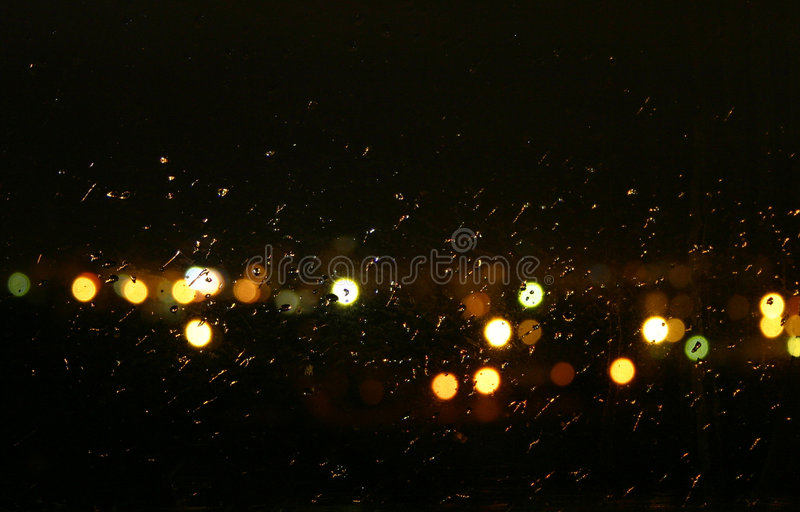 Pluie de nuit image stock