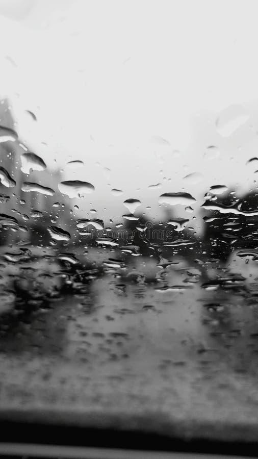 Pluie et verre photos stock