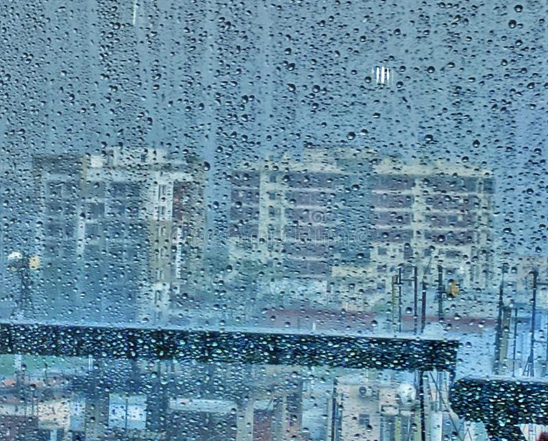 Pluie urbaine photo stock