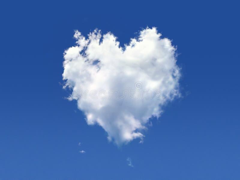 Pluizige wolk van de vorm van hart. stock afbeelding