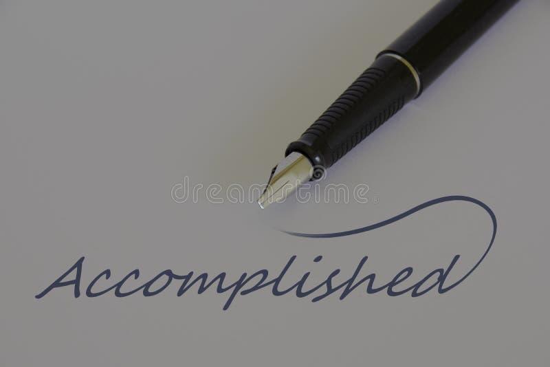 Pluma en el Libro Blanco, mensaje - REALIZADO foto de archivo libre de regalías