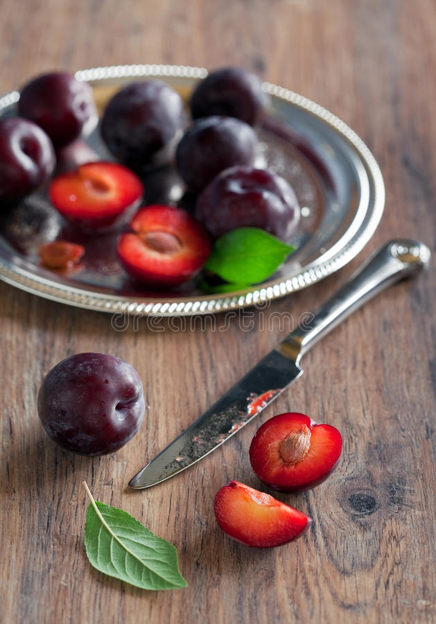Free Plums Royalty Free Stock Photography - 23214277