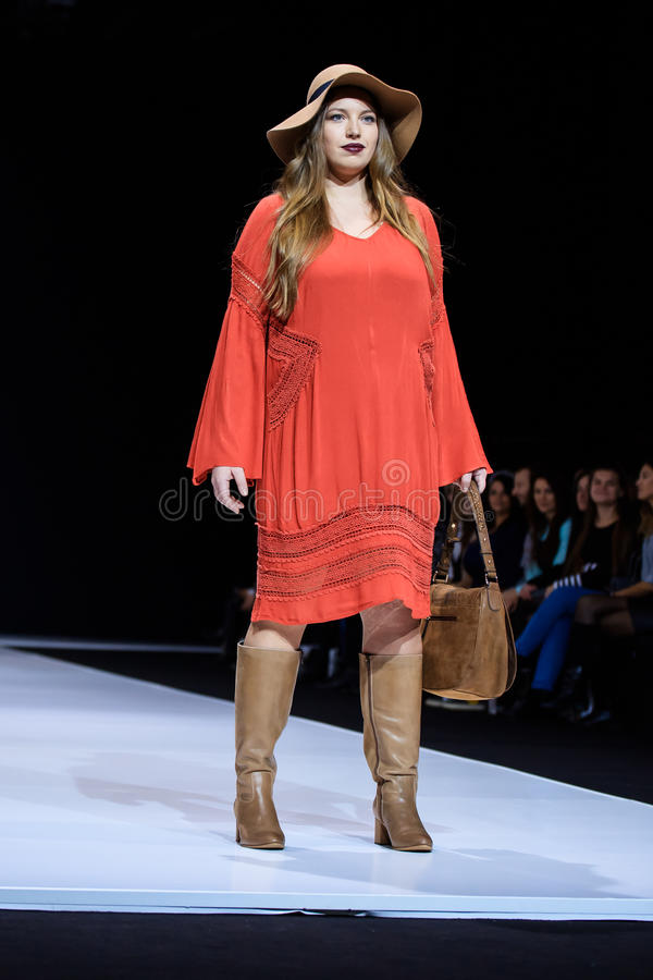 Plus Size Model Walk Runway For La Redoute Plus Size Moscow Catwalk At Spring Summer 2017