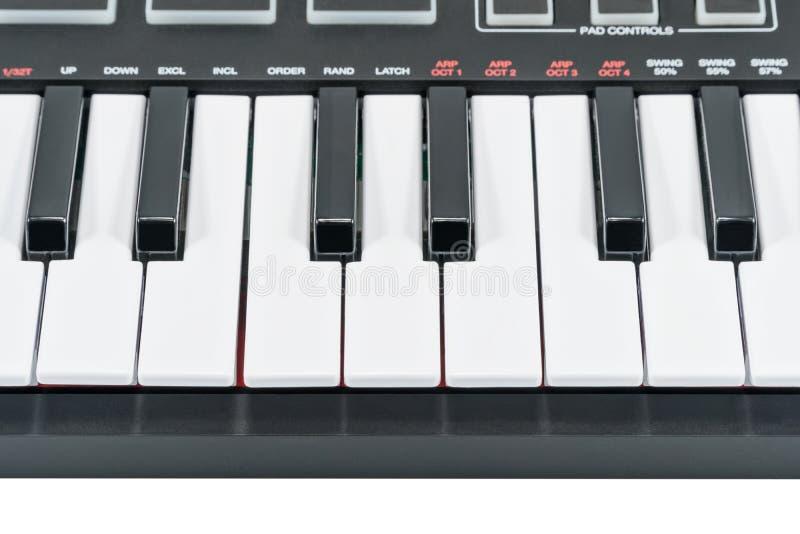 Plusieurs clés électriques de piano images stock