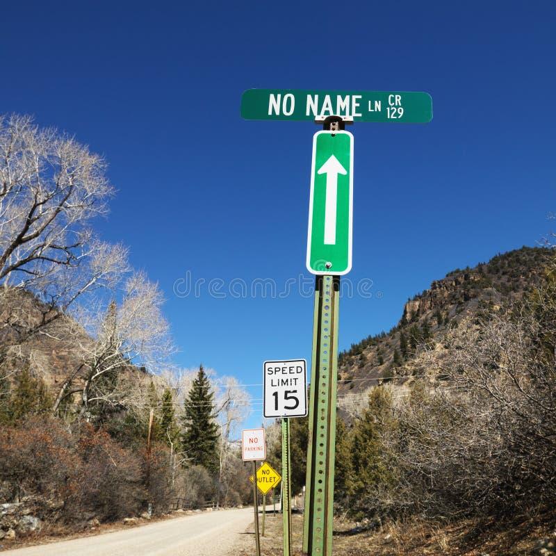 Plusieurs signes de rue. photographie stock libre de droits