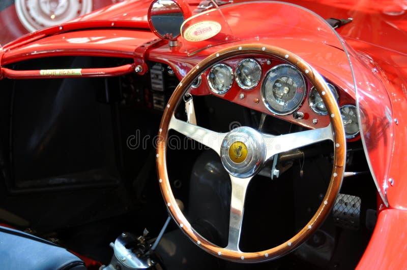 Plusluxusoldtimerinnenraum Italiener-Ferraris 375 stockfoto