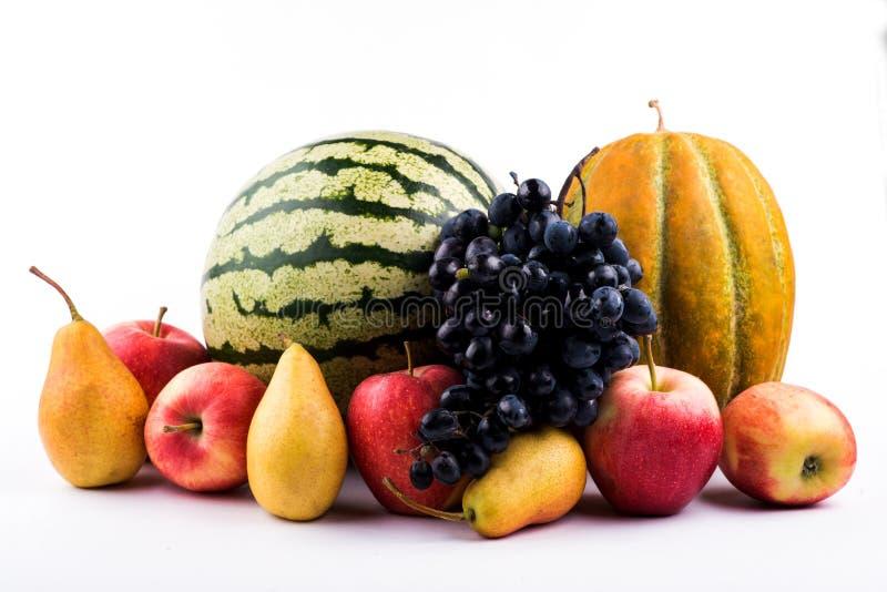 Plvnom grande de Apple Primer de la pera Ascendente cercano de la sandía Muchas frutas estación de la fruta fotos de archivo libres de regalías