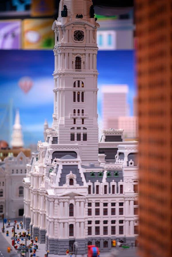 PLYMOUTH MÖTE, PA - APRIL 6: Storslagen öppning av den Legoland upptäcktmitten Philadelphia, PA på April 6, 2017 royaltyfria foton