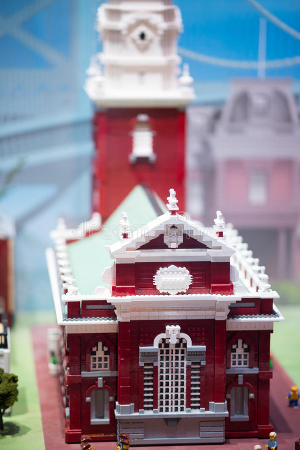 PLYMOUTH MÖTE, PA - APRIL 6: Storslagen öppning av den Legoland upptäcktmitten Philadelphia, PA på April 6, 2017 royaltyfria bilder