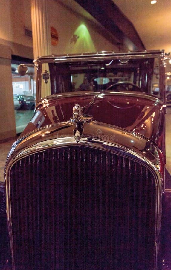 Plymouth stadbil 1932 royaltyfri fotografi