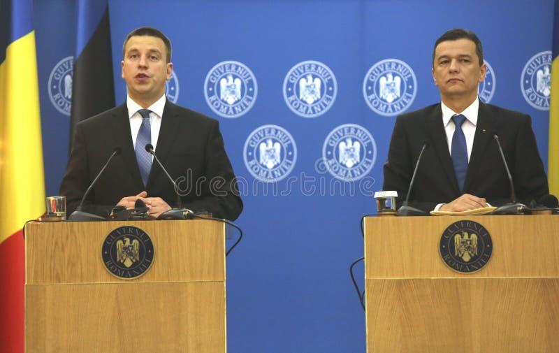 PM Sorin Grindeanu - PM Juri Ratas 免版税库存照片