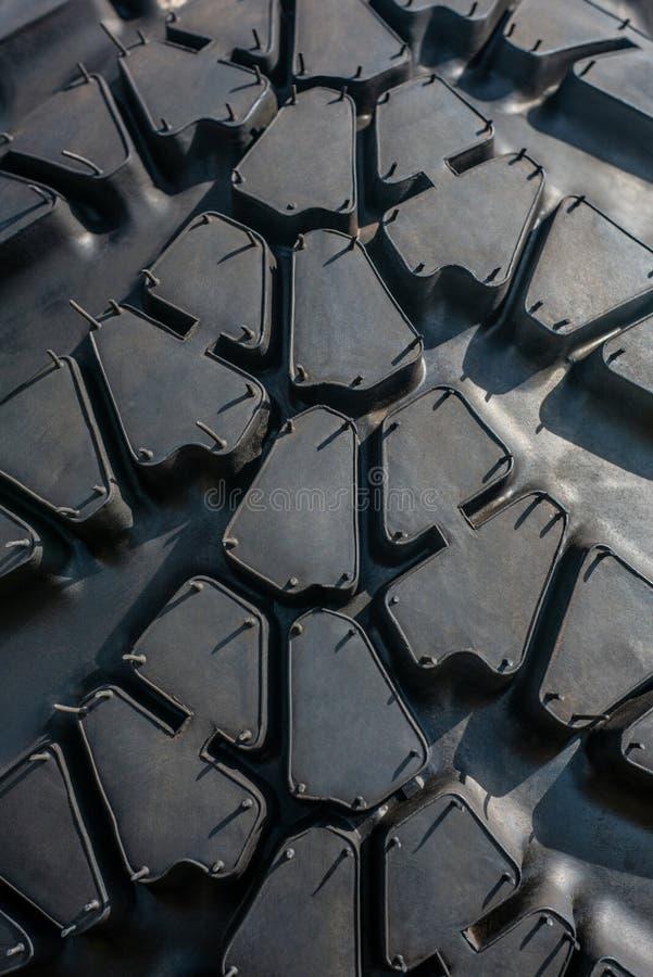 Pneu de voiture Pneu en caoutchouc noir de camion Fond en caoutchouc de texture photo libre de droits
