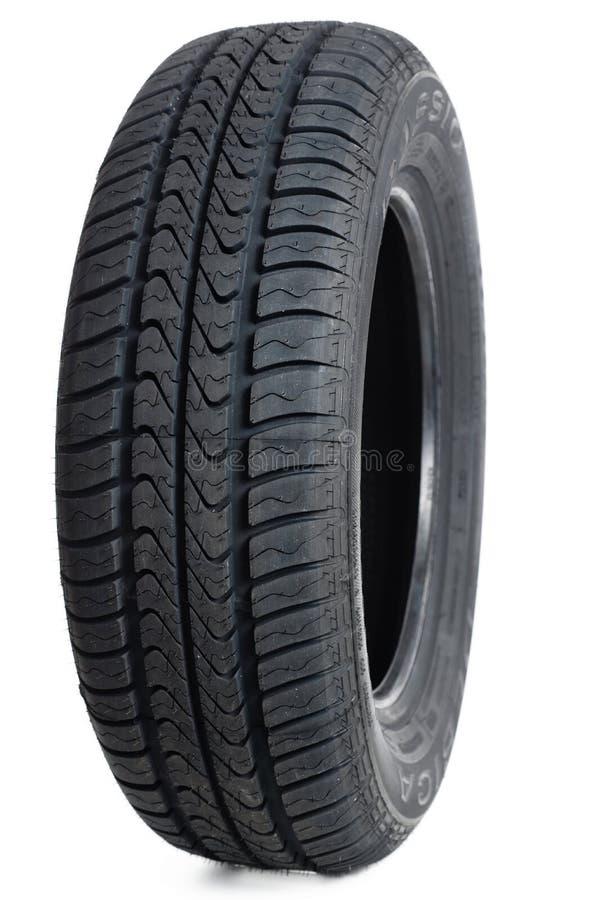 pneu de voiture sur le blanc image stock image du route fond 39894549. Black Bedroom Furniture Sets. Home Design Ideas