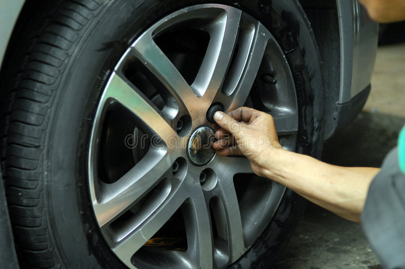 pneumático do carro imagens de stock royalty free