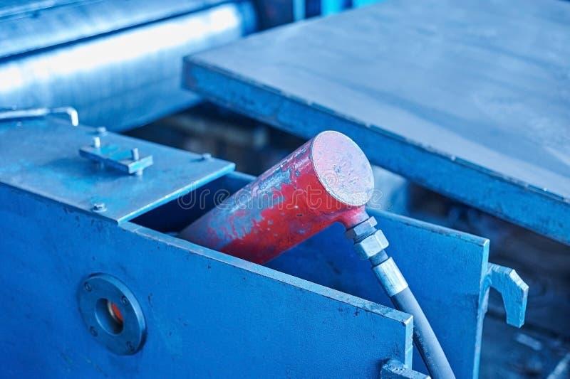 Pneumatisch materiaal op transportbandmolen royalty-vrije stock afbeelding
