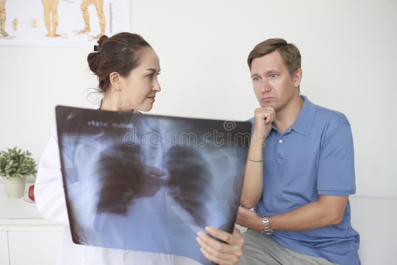 pneumonia zdjęcia stock
