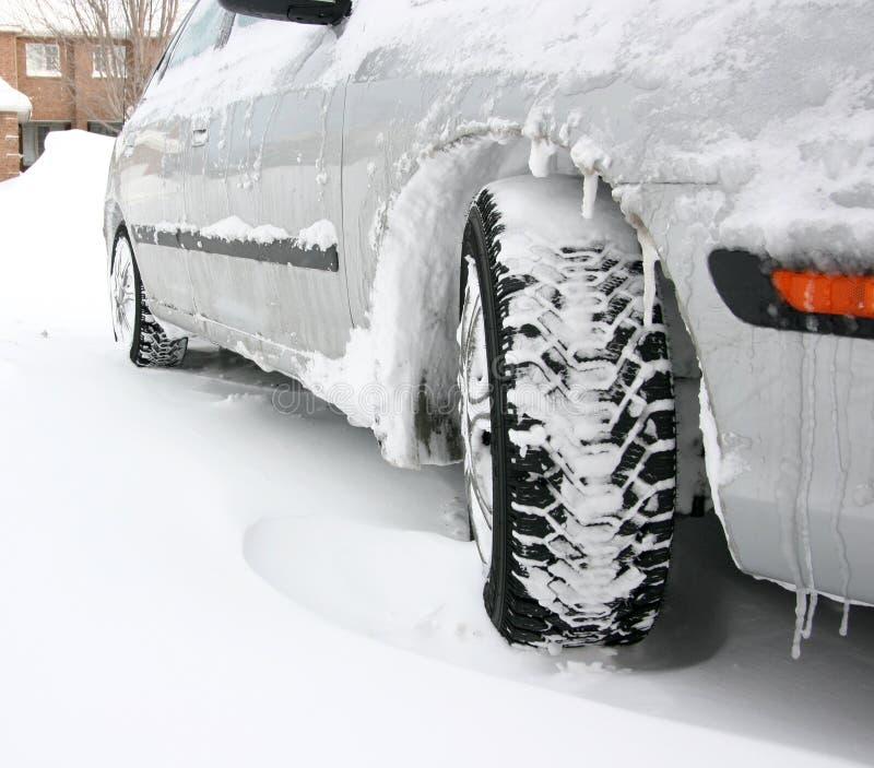 Pneus do inverno fotos de stock royalty free