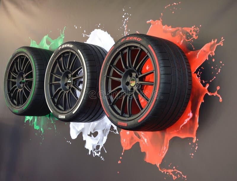 Pneus italianos do estilo de Pirelli fotografia de stock