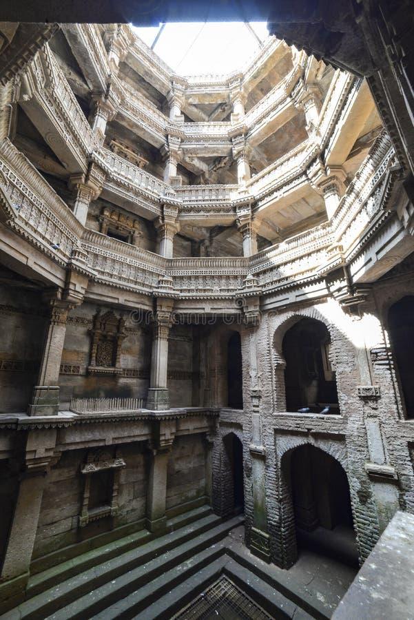 Poço antigo na Índia de Ahmedabad, Gujarat fotos de stock