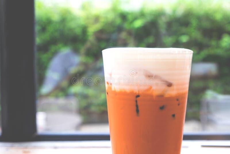 Połówka Tajlandzka lukrowa herbata z mlekiem zdjęcie royalty free